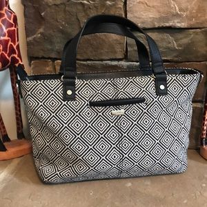 Beautiful purse from Jewell by Thirty One. Nice!!!